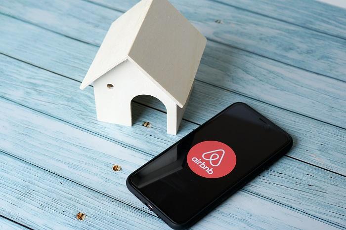 Airbnb.org, una organización para facilitar estadías temporales | Revista  NEO