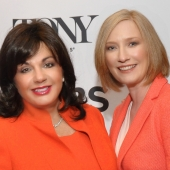 Charlotte St. Martin, President of the Broadway League y Heather Hitchens, President & CEO of the American Theatre Wing
