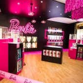 Barbie Por Up Store