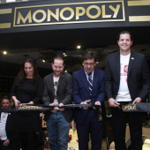 Presentan Monopoly POP Up Store